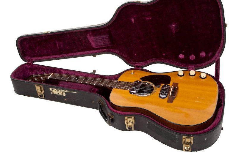 La Guitare De Kurt Cobain Du Concert Unplugged Vendue 6 Millions De Dollars