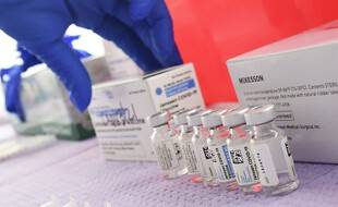 Des doses de vaccin Johnson & Johnson contre le coronavirus à Los Angeles, le 25 mars 2021.