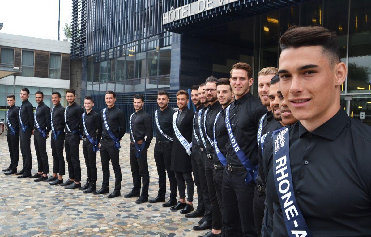 Les 18 candidats de Modèle Élégance France, ce jeudi à Montpellier. – N. Bonzom / Maxele Presse