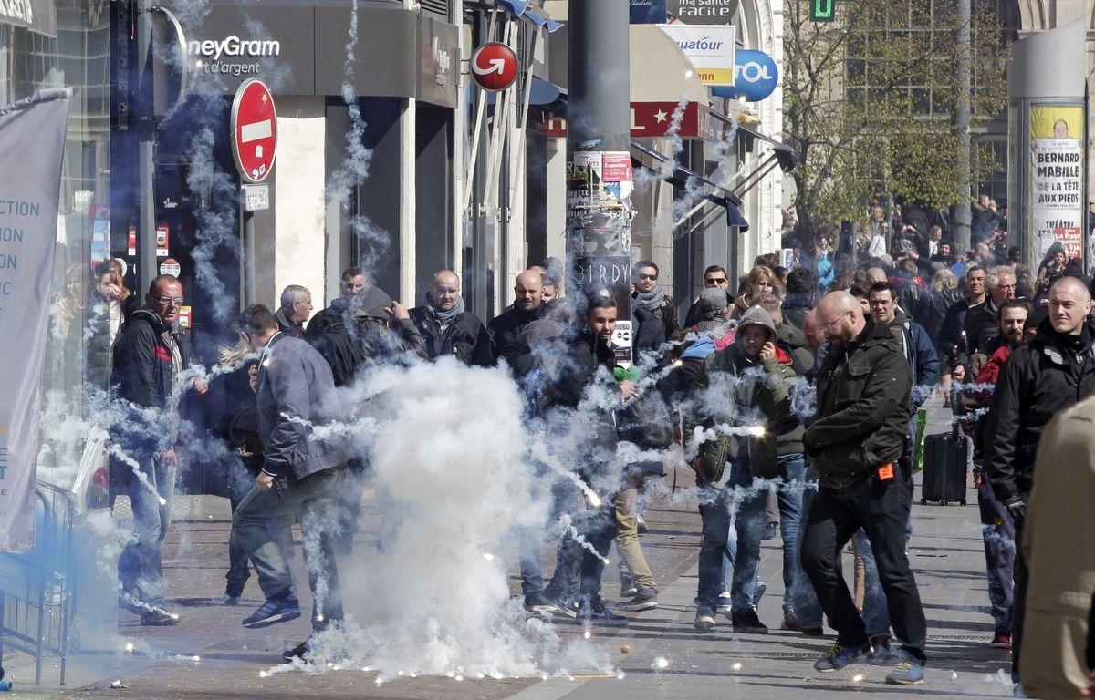 Manifestation à Lille contre le projet de loi travail de la ministre Myriam El Khomri. – M.Libert/20 Minutes