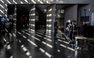 Devant la salle de cour d'assise de Grenoble. (archives)
