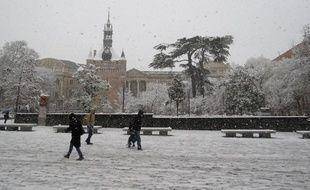 Toulouse, le 3 février 2015 - Chutes de neige dans les rues de Toulouse