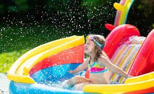 Pour vous aider à choisir, voici un comparatif des meilleures piscines gonflables