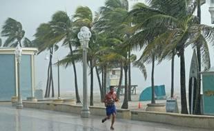 La Floride va peut-être passe à côté du pire et de l'ouragan Dorian.