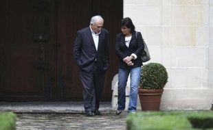 Dominique Strauss-Kahn et Anne Sinclair à leur arrivée à leur domicile parisien, le 4 septembre 2011.