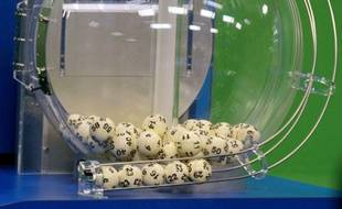 Powerball numbers are chosen in the drawing at the Florida Lottery on Wednesday, Nov. 28, 2012, in Tallahassee, Fla. The numbers drawn in the $579.9-million game were: 5, 16, 22, 23, 29 and Powerball of 6.