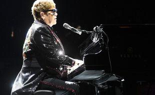 Le chanteur Elton John