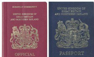 Illustration de deux passeports britanniques, l'un d'avant Brexit à gauche, et celui prévu une fois le Royaume-Uni sorti de l'UE.