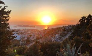 Les plus beaux couchers de soleil sont à Marseille.