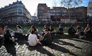 Les Parisiens ont profité ce week-end du redoux. Est-ce l'un des derniers avant un éventuel reconfinement partiel?