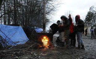 C'est autour du camp de migrants de Grande-Synthe qu'agissaient les passeurs.