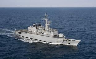 La frégate française « Floréal » a saisi plus de 7 tonnes de drogue sur deux embarcations dans l'océan Indien.