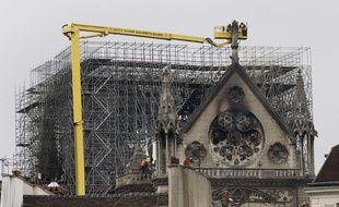 Après l'incendie, Notre-Dame de Paris est examinée sous toutes les coutures.