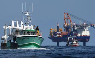 Des incidents avaient éclaté le 14 mai en baie de Saint-Brieuc lors du lancement de la construction du parc éolien.
