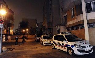 Un homme de 31 ans, soupçonné d'être à l'origine d'un règlement de comptes en 2010 précurseur d'une vague de fusillades entre cités rivales de Colombes (Hauts-de-Seine), a été condamné lundi à 18 mois de prison ferme par le tribunal correctionnel de Nanterre.