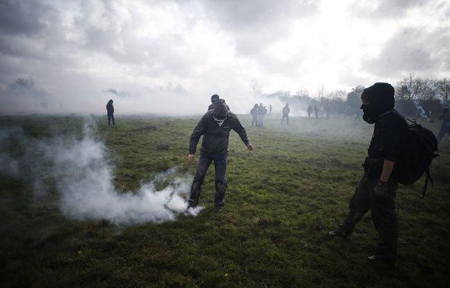 Notre-Dame-des-Landes: Maxime, le blessé de la ZAD, a bien ramassé la grenade, selon son avocat