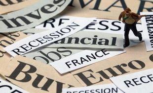 La Banque de France (BdF) s'attend à un recul de O,1% du produit intérieur brut (PIB) français au troisième trimestre 2012 qui signifierait l'entrée du pays en récession, selon une première estimation publiée mercredi dans son enquête mensuelle de conjoncture .