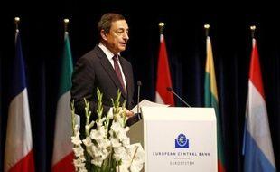 Les mesures exceptionnelles annoncées la semaine dernière par la Banque centrale européenne (BCE) pour soutenir le crédit et inciter les banques à acheter de la dette souveraine n'ont, pour l'instant, eu que très peu d'effet dans un contexte de tension persistante.