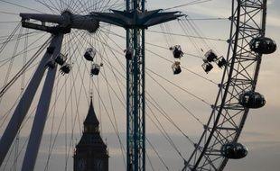 Londres s'attend à un record de plus de 16 millions de touristes étrangers pour l'année 2013, indique jeudi l'organisme de promotion de la capitale britannique qui extrapole des statistiques sur neuf mois, après une forte fréquentation estivale.