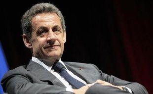 Le chef de l'opposition Nicolas Sarkozy avant une réunion politique le 22 avril 2015 à Nice