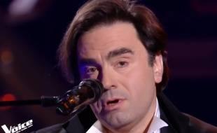 Le candidat de «The Voice», Frédéric Longbois qui a interprété «Bécassine»