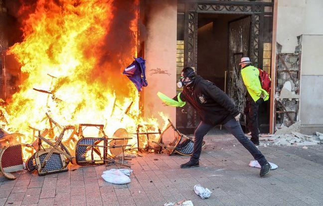 «Gilets jaunes»:Les importants préjudices des boutiques saccagées sur les Champs-Elysées