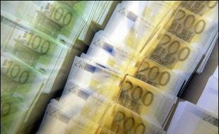 Après des mois de combat pour tenter d'adopter l'euro au 1er janvier 2007, l'Estonie est près de jeter l'éponge, en raison d'une inflation trop élevée et de la nouvelle inflexibilité de la Commission européenne sur le respect des critères de convergence.
