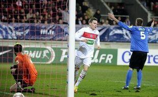 Le Paris SG, en dominant (4-0) les valeureux amateurs de Sablé-sur-Sarthe (CFA2) vendredi en 16e de finale de Coupe de France, a rempli son devoir malgré une entame de match assez laborieuse et un avantage d'un seul but à la mi-temps.