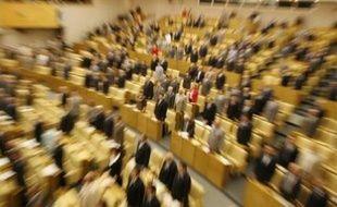 La Douma, chambre basse du Parlement russe, a voté à l'unanimité mercredi en faveur d'un gel de l'application par Moscou du Traité sur les forces conventionnelles en Europe (FCE) signé en 1990 qui limite les armements sur le continent.