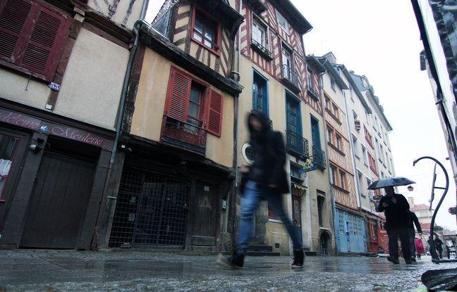 La rue Saint-Georges, à Rennes, faisait partie des secteurs où les immeubles à pans de bois étaient les plus dégradés.