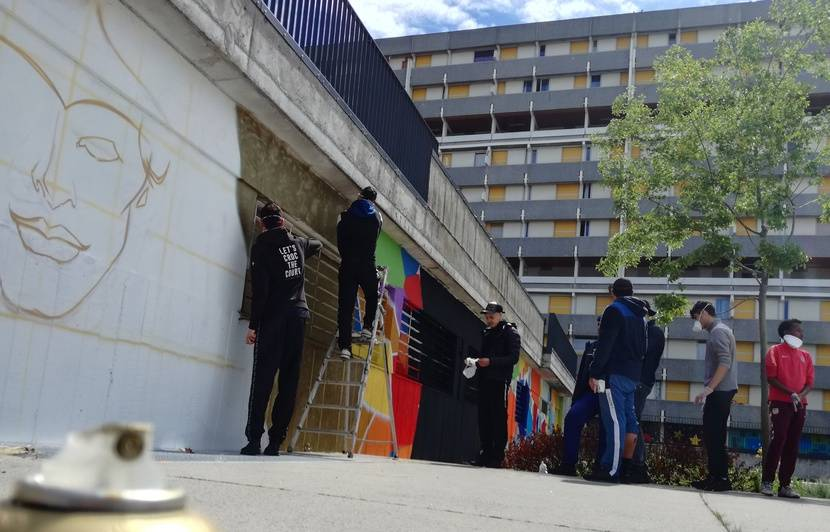 Toulouse: Au pied des tours, grâce au graffiti, des jeunes passent de l'ombre à la lumière