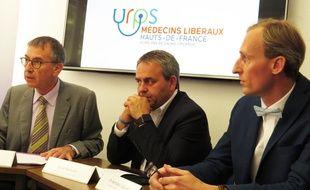 Jean-Paul Ortiz, président de la CSMF France, Xavier Bertrand, président de la région Hauts-de-France et Bertrand Legrand, secrétaire de la CSMF 59-62.