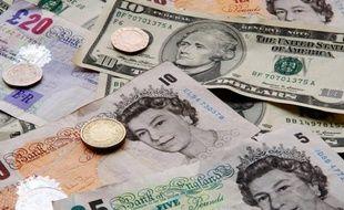 Billets de livres sterling en 2007.