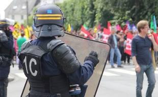 La manifestation contre la loi Travail a été particulièrement encadrée par les CRS. Ici, à Rennes le 28 juin 2016.