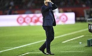 Bruno Genesio lors de la défaite de l'OL face au PSG, le 7 octobre 2018.