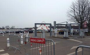 Dès 9h, mardi, le parking de l'Esplanade était complet.