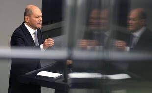 Des locaux du ministère allemand des Finances, dirigé par Olaf Scholz, chef de file des sociaux-démocrates (SPD) aux législatives du 26 septembre, ont été perquisitionnés dans el cadre d'une enquête concernant un blanchiment d'argent présumé.