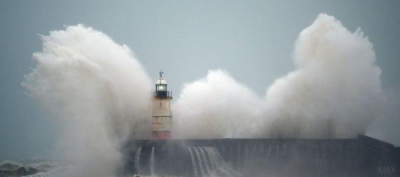 La tempête Ciara sur les côtes britanniques, le 9 février 2020.