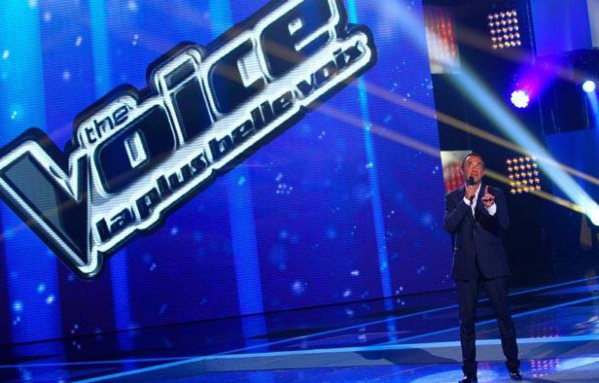 Nikos Aliagas sur le plateau du télécrochet «The Voice». – TF1