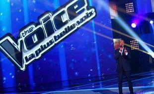 Nikos Aliagas sur le plateau du télécrochet «The Voice».