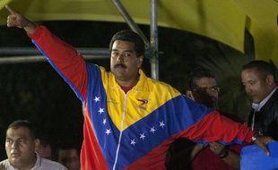 Le chef de l'Etat par intérim Nicolas Maduro, dauphin d'Hugo Chavez, a remporté de peu l'élection présidentielle du Venezuela, le 14 avril 2013