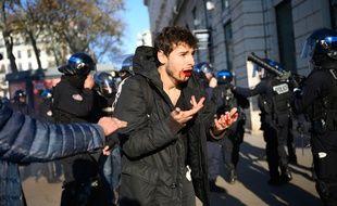 Arthur, 23 ans, avait porté plainte pour des violences policières présumées survenues à Lyon, le 10 décembre 2019.