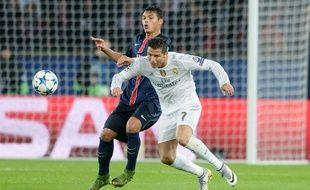 Thiago Silva au duel avec Cristiano Ronaldo le 21 octobre 2015.