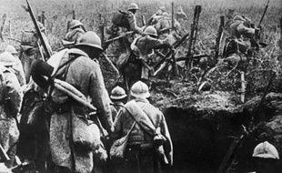 La première guerre mondiale a d'abord été une gigantesque mêlée européenne, dont l?issue s?est jouée sur le front occidental en France et en Belgique où ont eu lieu les grandes batailles les plus meurtrières.