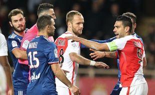 L'électrique match du 18 décembre 2016 à Louis II ne semble qu'un lointain souvenir entre Monégasques et Lyonnais.