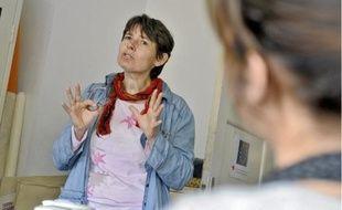 Isabelle Collot du Mouvement du Nid, a engagé en 2002 un partenariat tranfrontalier.