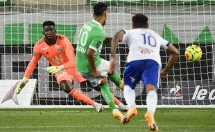 Bingourou Kamara a encaissé deux buts samedi dernier à Saint-Etienne, dont un sur penalty.