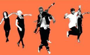 Pour la Techno Parade 2011, qui a lieu demain à Paris, les organisateurs ont créé une chorégraphie dont le clip est visible sur Internet.