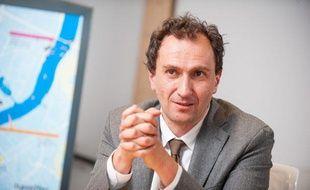 Vincent Feltesse, dans son bureau de président de la Communauté urbaine de Bordeaux, le 11 avril 2013