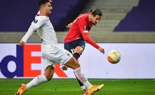 Le Lillois Yazici face au Milan AC la saison passée en Ligue Europa